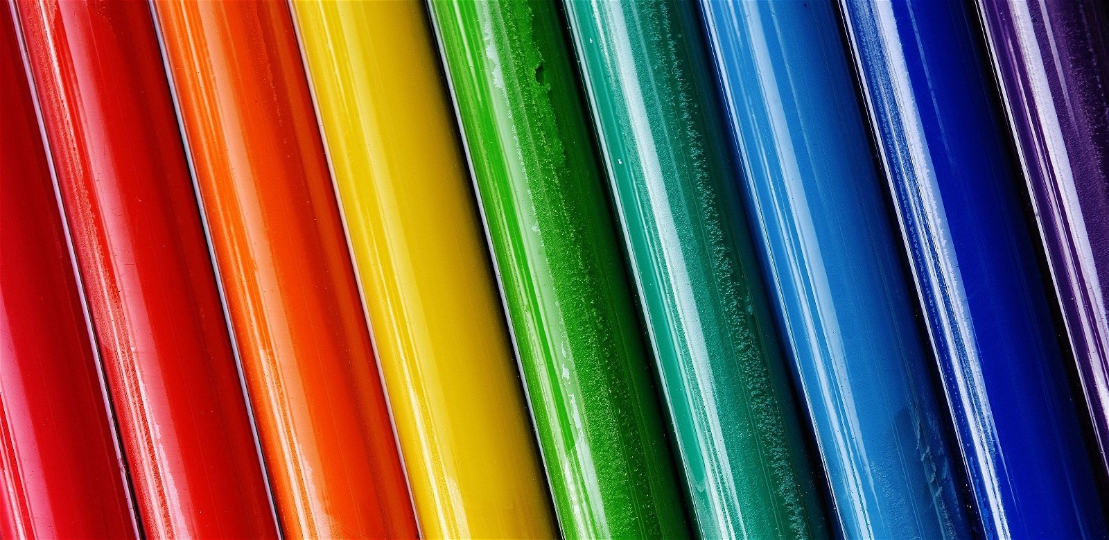 Use Colors Packaging Box Design