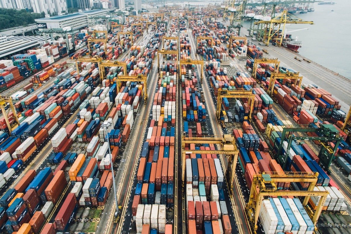 shipping fulfillment options deliver goods strategy