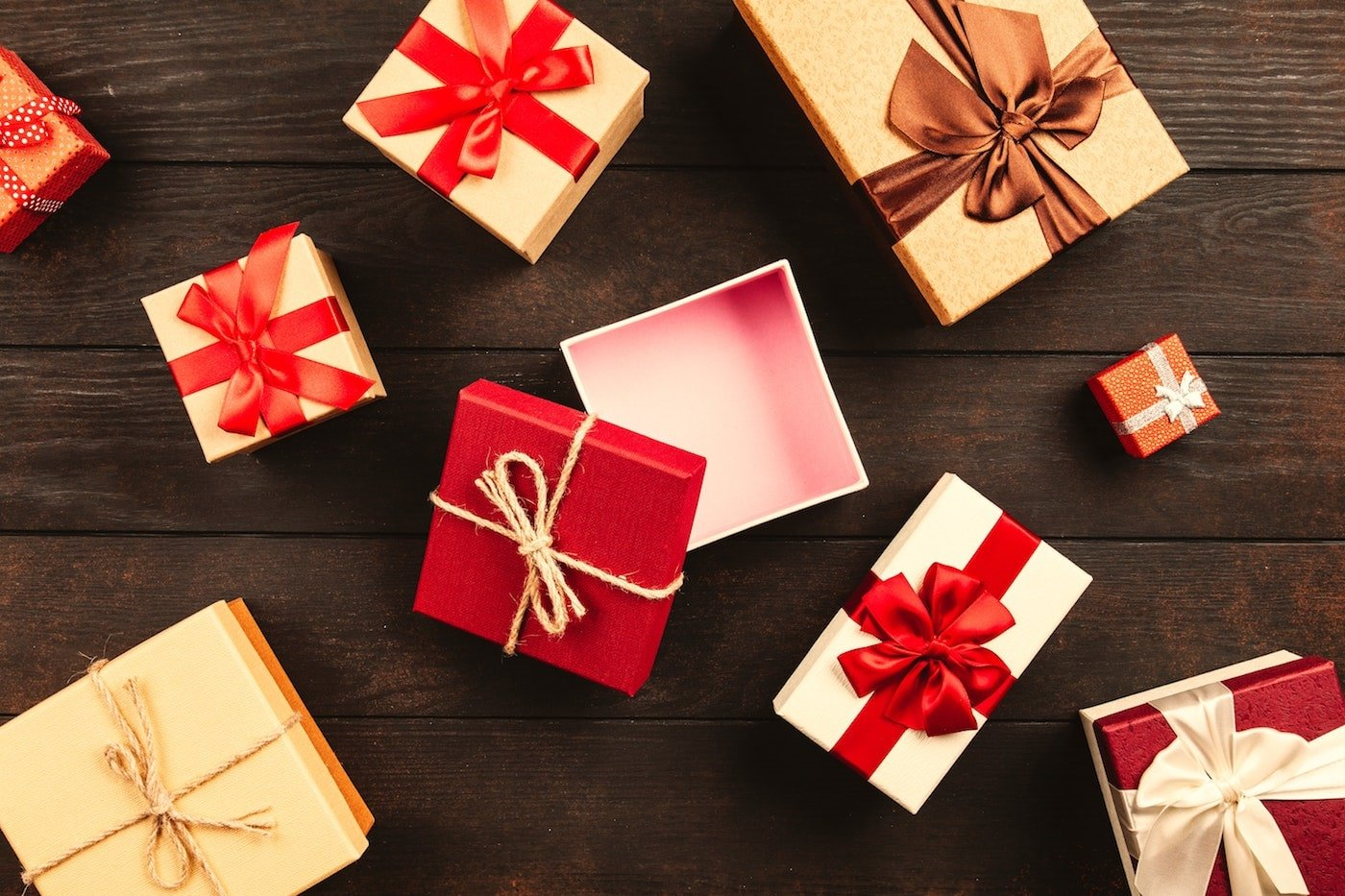 custom holiday packaging boxes